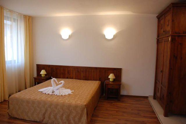 Отель Елегант СПА - двухспальный апартамент (4 персон)